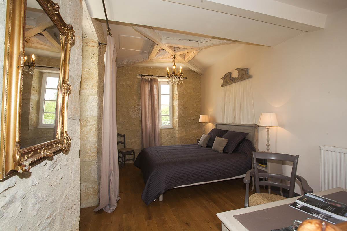 Chambre Ballade en reve-Maison hotes de charme Gers1