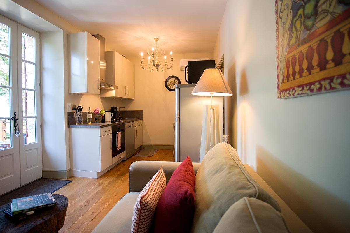 Appartement Aurore-Les Hauts de Condom-Les Bruhasses-Maison hotes de charme-Condom-Gers-3